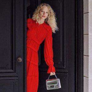 低至3折 红红火火过大年Tory Burch 精选红色系列包包美鞋美衣热卖