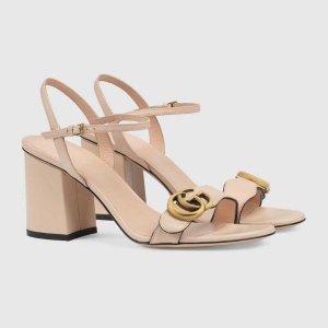Gucci裸粉色凉鞋