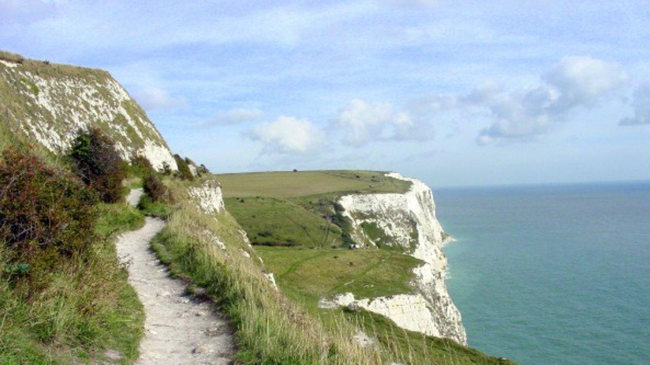 英国旅游踏春好去处 | 8个旅行路线推荐、小众消暑打卡地