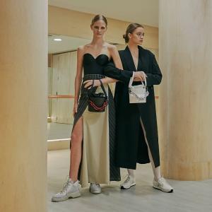 低至5折+无门槛额外9折独家:Charles & Keith 季中大促 全场美鞋包包特卖