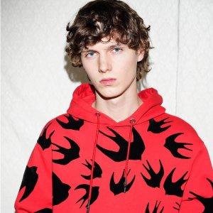 低至6折 T恤$115起MCQ Alexander McQueen 精选潮衣大促 入经典燕子款