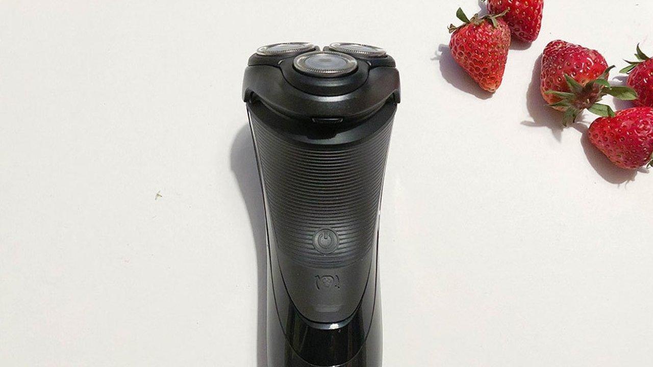 Philips Norelco 3100 电动剃须刀体验,附同品牌HQ6075使用对比