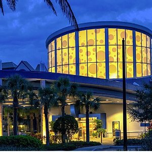 Suite每晚$68.40起奥兰多水上乐园假日套房酒店好价 对面就是迪士尼