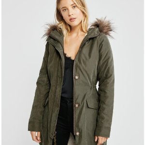 Up to 60% OFFAbercrombie & Fitch Women Select Styles On Sale