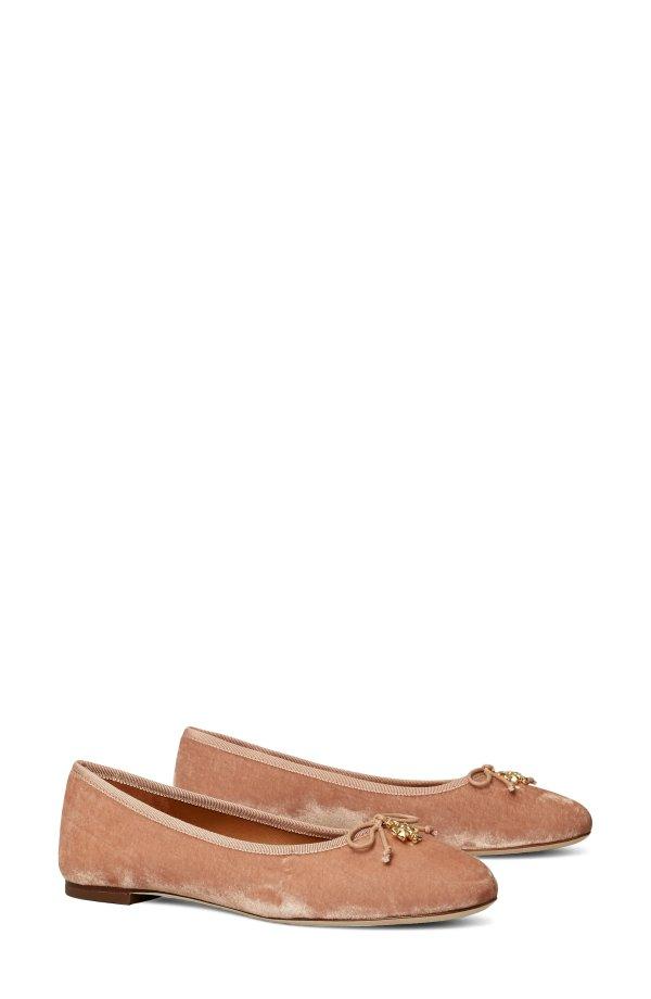 丝绒平底鞋