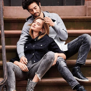 40% OffMen's and Women's Clothing Sale @ Express