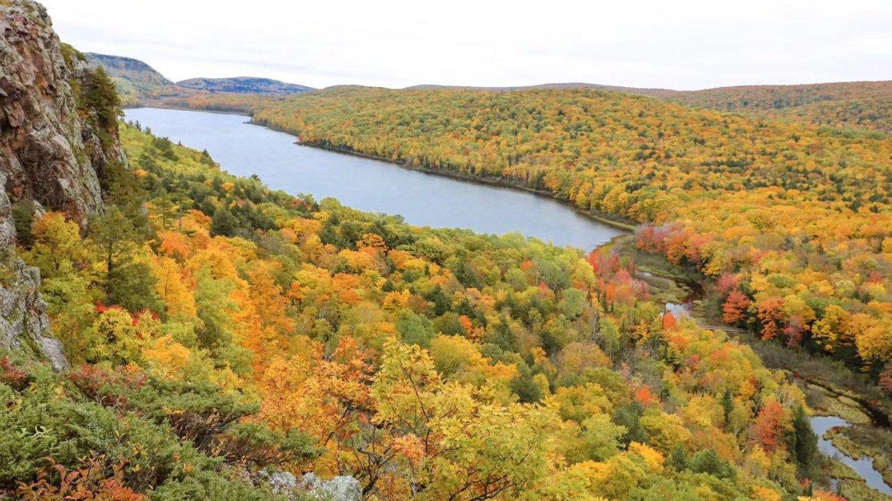 北密之秋自驾游攻略   五十小时四个州三大湖时光倒流七十年的枫叶长河之旅