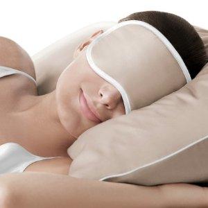 £49ILUMINAGE Skin Rejuvenating Sesame Pillowcase and Eye Mask