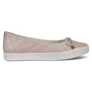 ECCO女款平底鞋