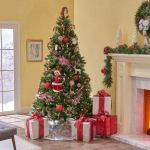 The Holiday Aisle 圣诞树