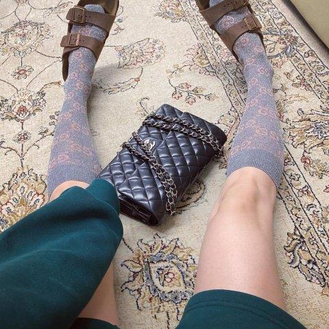 低至7折 收杨幂同款Gucci中筒袜Farfetch 超好看的大牌袜子专场 时髦精必备露腿神器