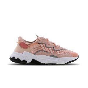 AdidasOzweego 粉色运动鞋