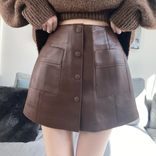 巧克力色皮短裤