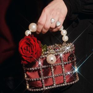 变相6.4折+包税Rosantica 神仙美包好价入 把珠宝背在身上