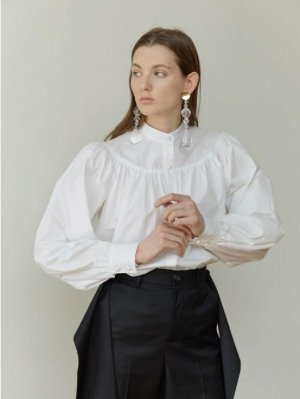Moontan Stand-Collar Gathered-Yoke Shirt _ White
