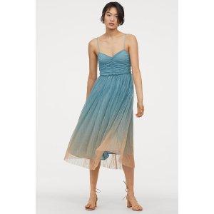 渐变连衣纱裙