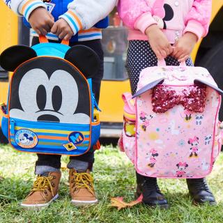 降至7折 行李箱包4件$90 文具套装$10折扣升级:迪士尼官网 返校系列新品上新 背包、文具、服饰等都有