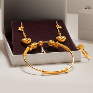 Dealmoon Exclusive 15% Off 24k Hard Gold or  Up To $50 OffMother's Day Event @ Lai Hing Group
