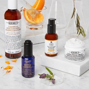 Deluxe SamplesWith any $85+ Order @ Kiehl's