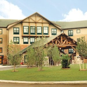 From $125Six Flags Great Escape Lodge & Indoor Waterpark