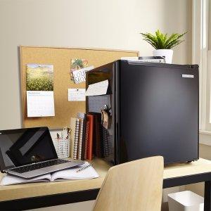 $59.99Insignia 1.7立方英尺 迷你电冰箱