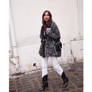 灰色格纹外套