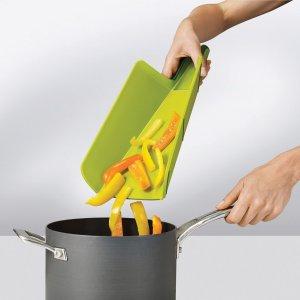 $10.59Joseph Joseph NSG016SW Chop2Pot Foldable Plastic Cutting Board 15-inch x 8.75-inch, Small, Green @ Amazon