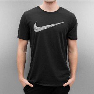$18.74(原价$25.00)+包邮Nike Logo 男子运动T恤促销