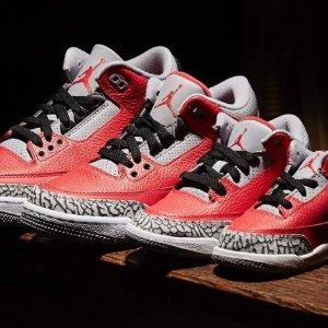 成人款售价$265 部分码数现货已发售:Air Jordan 3 红水泥现货 抢眼讨喜 完美自穿款