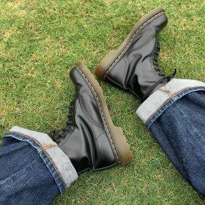 低至2.8折 8孔补货$139最后一天:Dr Martens官网 黑色系专场 经典马丁靴 万能搭配定律