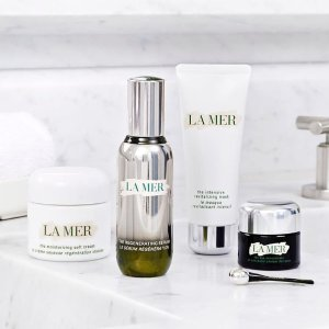 Free Gifts (Up to $150 Value)Nordstrom La Mer Beauty Sale