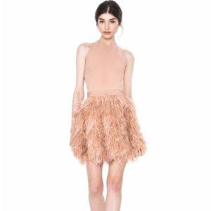 低至4折 收度假仙女裙、party美裙alice + olivia 官网折扣区服饰热卖