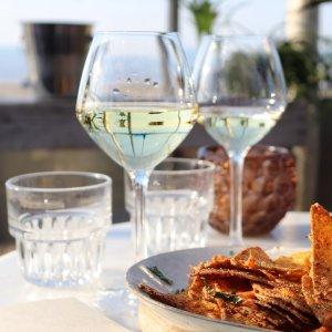 5.6折 €38.99(原价€69.92)长相思白葡萄酒品鉴套装 一次6瓶在杯中周游世界
