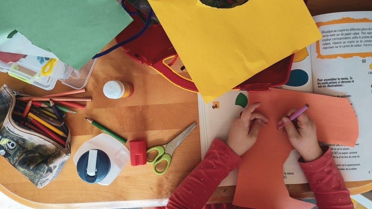 亲子手工灵感 | 独一无二的手工玩具、家庭小实验、健康安全小游戏推荐