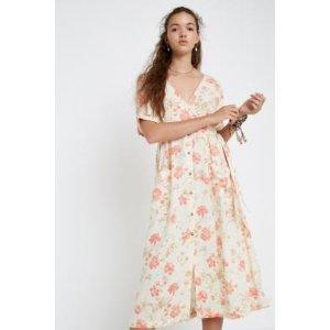 Urban Outfitters田园风连衣裙