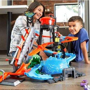$30.37(原价$69.99)史低价:Hot Wheels 立体洗车中心,小汽车都被洗的干干净净
