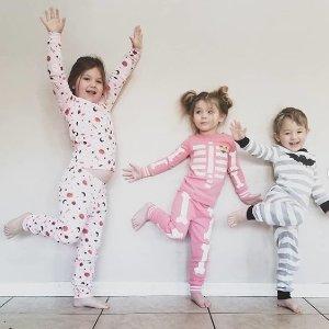 Up to 70% offKids Pajamas Sale @ Gymboree