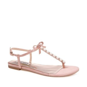 Up to 70% OffSandal Sale @ Nordstrom Rack