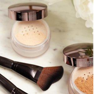 Free GiftWith $75+ Purchase @ Laura Mercier