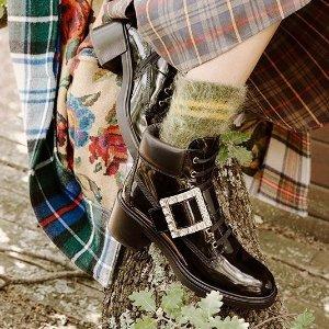 最高送$700礼卡Roger Vivier 美鞋热卖 入甜酷兼备方扣靴