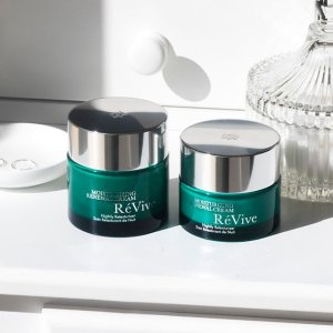 4-pc Gift orders $350 + 2 Deluxe Samples+ Complimentary Shipping @ Revive Skincare