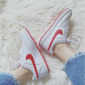 Nike黄金码有货 橡胶材质鞋底红勾小白鞋