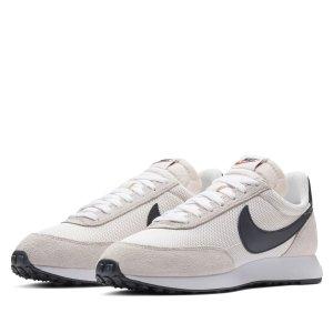 Nike复古运动鞋