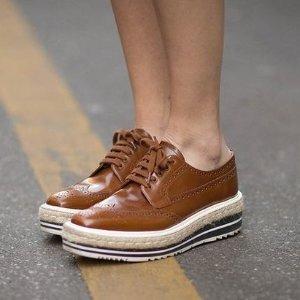 低至2折Prada 精选美鞋热卖 猫跟鞋、牛津鞋都有