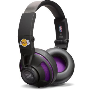 $39.95 for Bulls, Lakers, SpursNBA Edition Synchros S300 Headphones