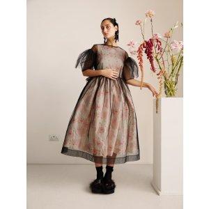 H&M黑色镂空连衣裙