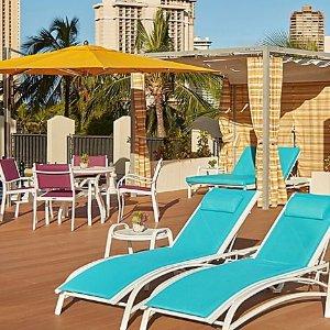 节省超过20% 低至$140/晚Holiday Inn Express 夏威夷檀香山威基基海滩店好价