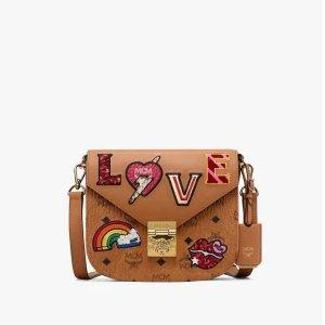 MCMPatricia Shoulder Bag in Love Patch Visetos