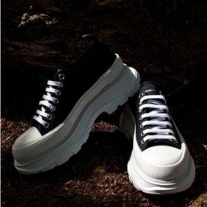 变相低至7.3折 鳄鱼纹$570Alexander McQueen 小白鞋热卖 封面新款$575 (定价$785)