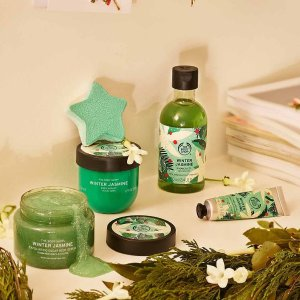 满€40-€10 收圣诞系列The Body Shop 全场大促 收圣诞限定系列、生姜洗发水等